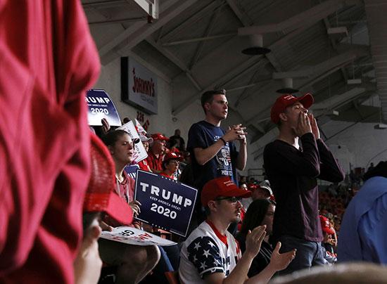 جانب من الحشود الجماهيرية