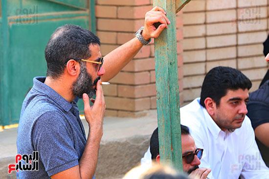 مراسم دفن جثمان هيثم احمد زكي (13)