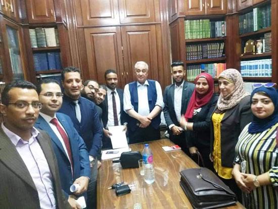 أعضاء جروب إغاثة محامي
