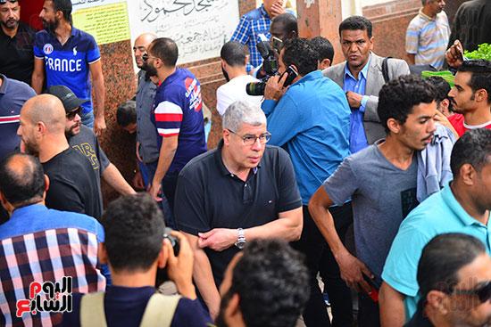 أحمد شوبير فى جنازة هيثم أحمد زكى