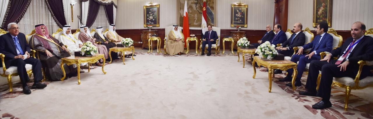 عبد الفتاح السيسي و الملك حمد بن عيسى آل خليفة ملك مملكة البحرين (5)