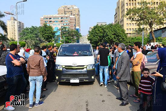 جنازة أحمد زكى