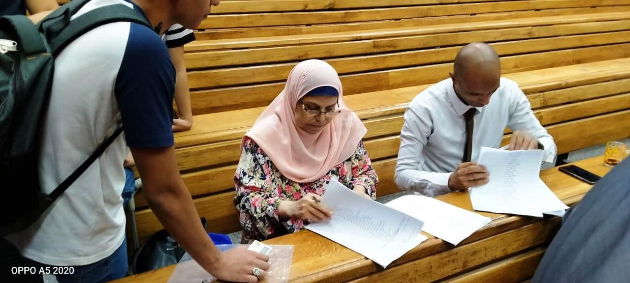 انطلاق الجولة الأولى بانتخابات الاتحادات الطلابية (13)