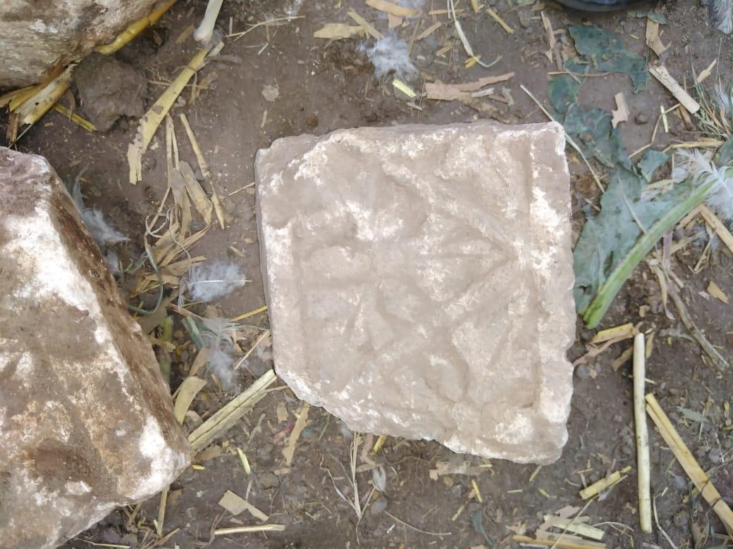 العثور على قطع حجرية من كشف اثرى يعود للعصر القبطى  (9)