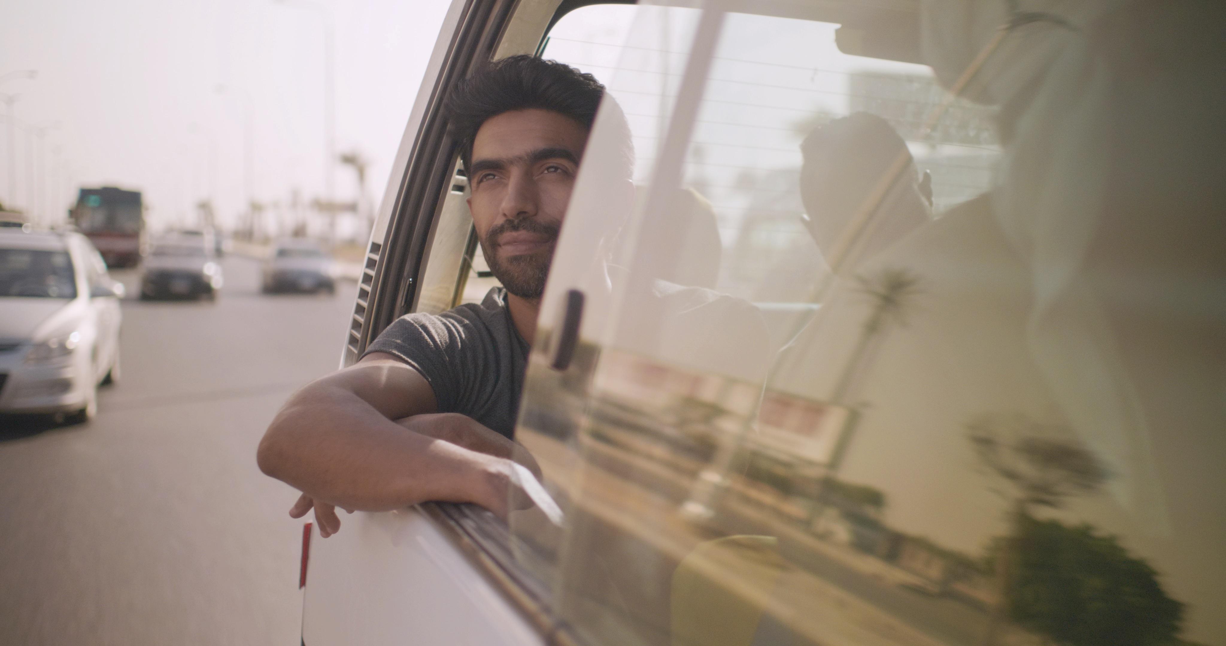 الفنان عمرو عابد بطل فيلم لما بنتولد