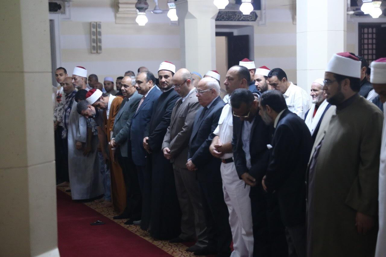 محافظ بورسعيد يشهد احتفالية المولد النبوي الشريف (1)