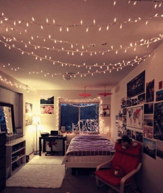 إضاءة سقف الغرفة