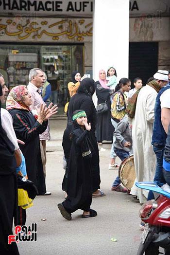 محافظ بورسعيد يستقبل موكب الاحتفال بالمولد (11)