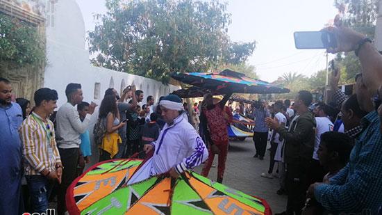 شوارع قرية تونس تتحول لمسرح (6)