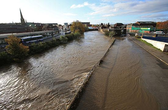 غرق الشوارع فى روثرهام