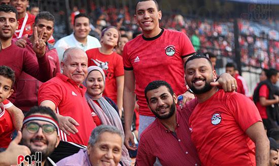 اسرة مصرية قبل حفل افتتاح امم افريقيا