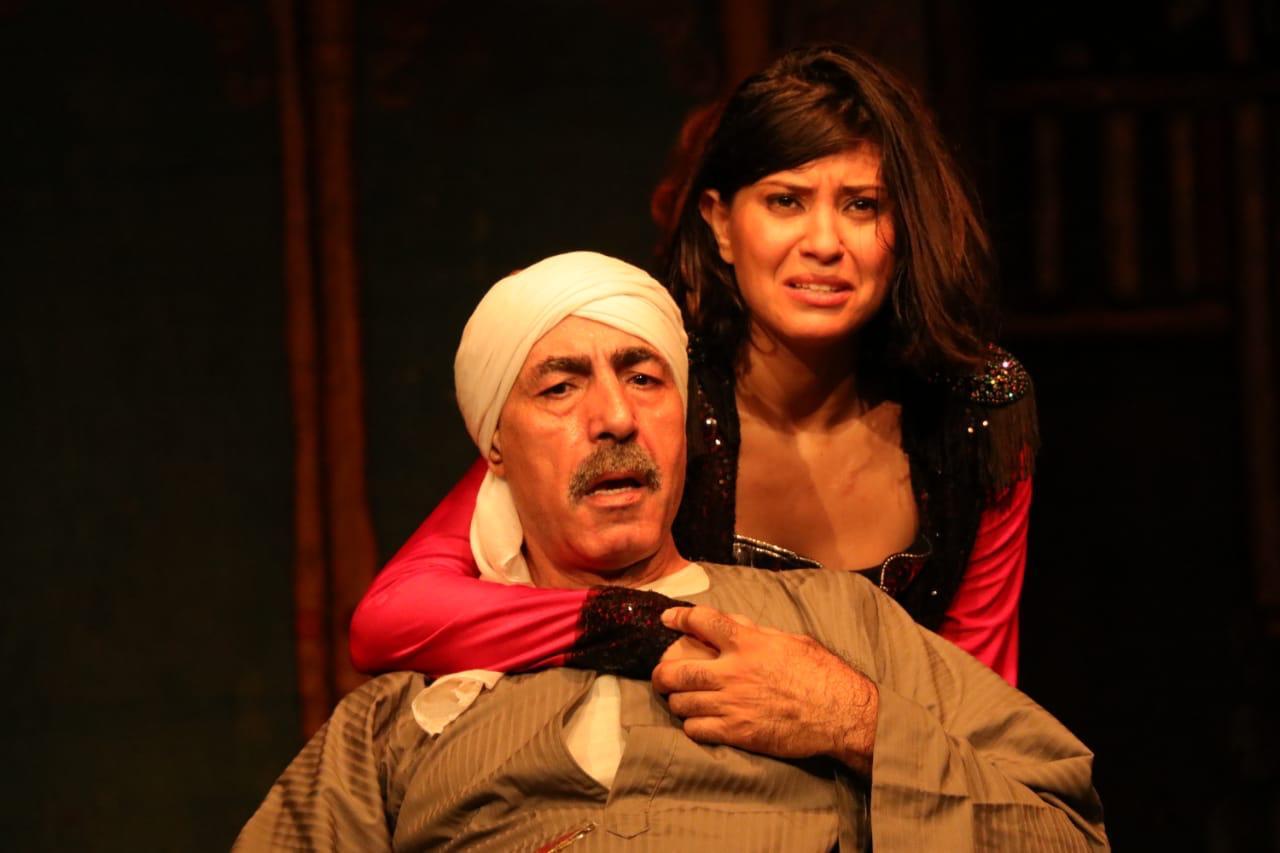 محمد عبد العظيم في مسرحية الثامنة مساء