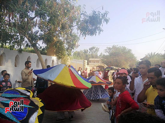 شوارع قرية تونس تتحول لمسرح (4)