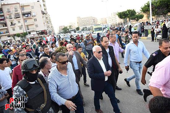 محافظ بورسعيد يستقبل موكب الاحتفال بالمولد (2)