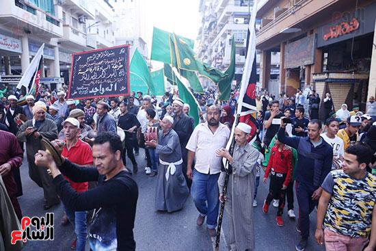 محافظ بورسعيد يستقبل موكب الاحتفال بالمولد (7)