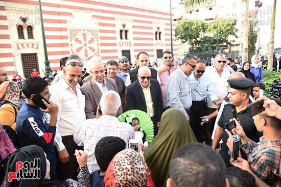 محافظ بورسعيد يستقبل موكب الاحتفال بالمولد (5)