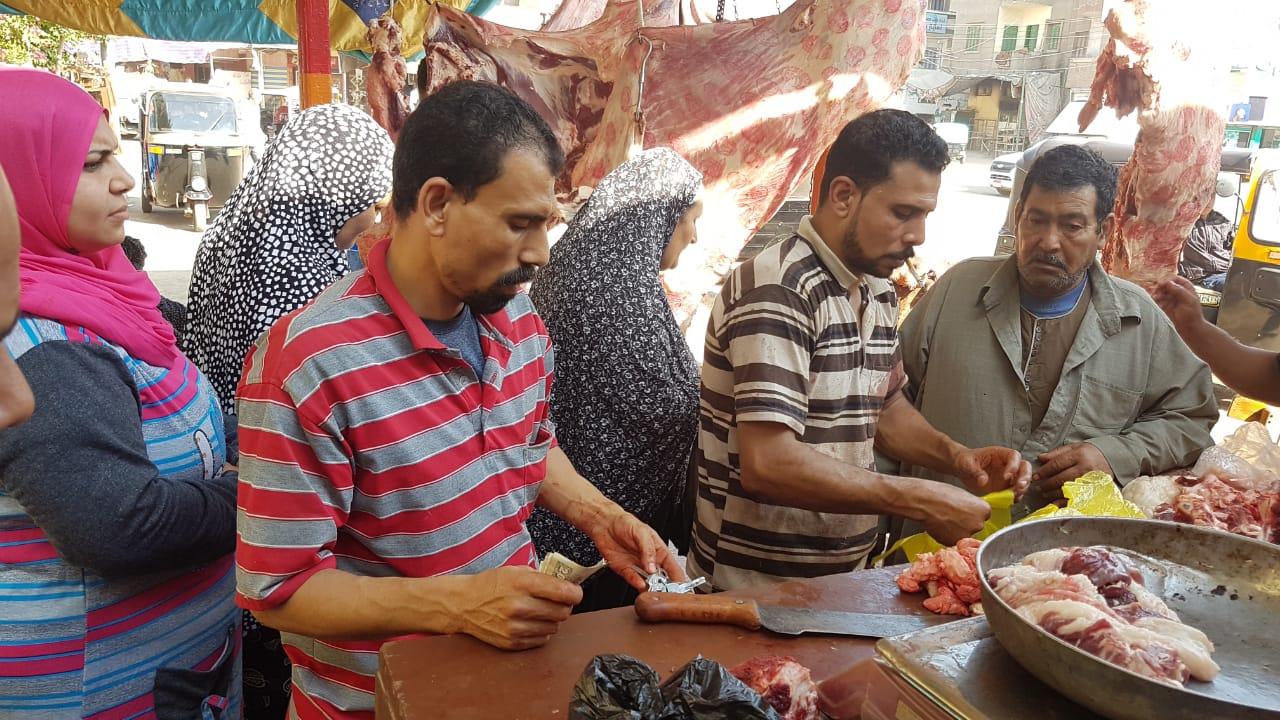 توفير اللحوم بأسعار مخفضة بكفرالشيخ (1)