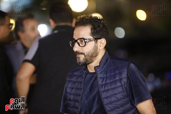 احمد حلمي فى عزاء هيثم زكي