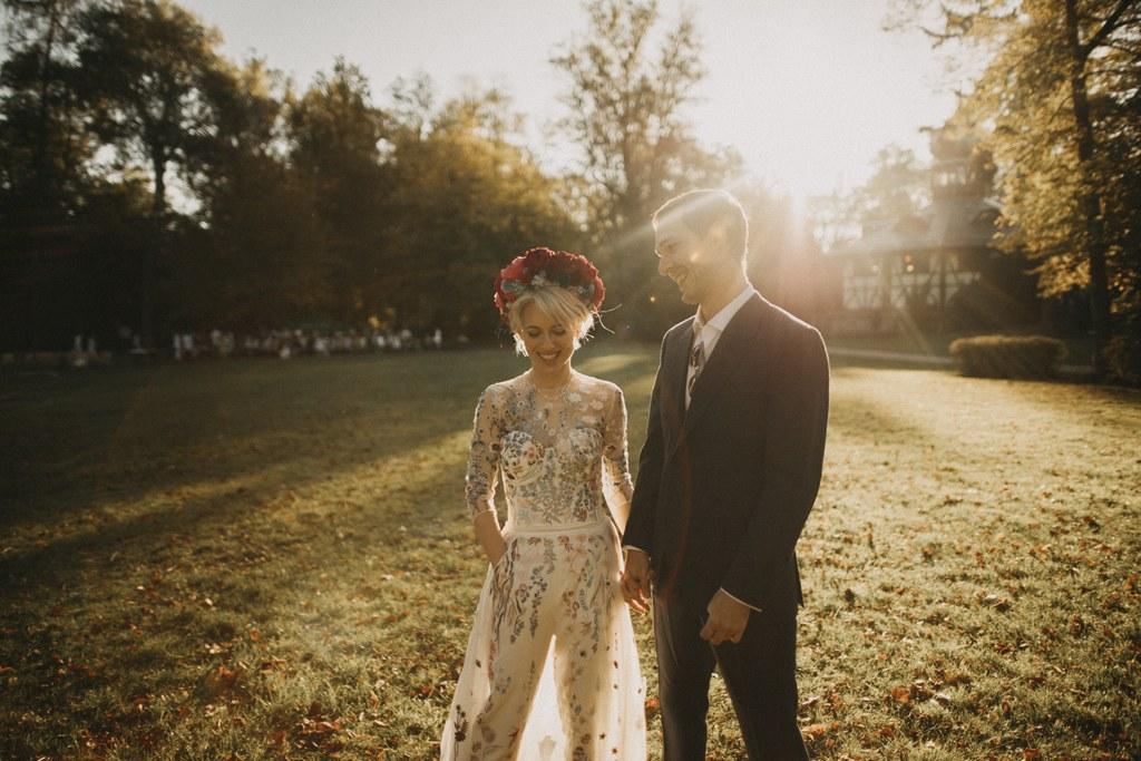 التفكير العصرى يتجه نحو الاستدامة في فساتين الزفاف