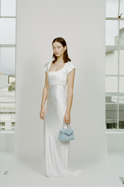 فستان زفاف صالح للاستخدام في المناسبات العادية