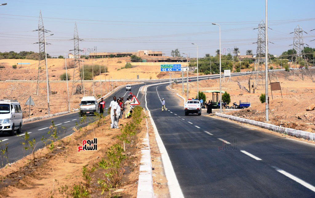 طريق-مطار-أسوان