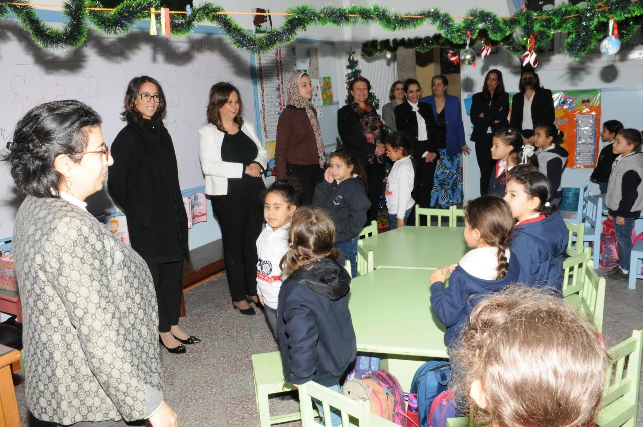 قنصل فرنسا بالإسكندرية تزور مدرسة فرنسية بمناسبة مرور 130عاما على إنشائها (2)