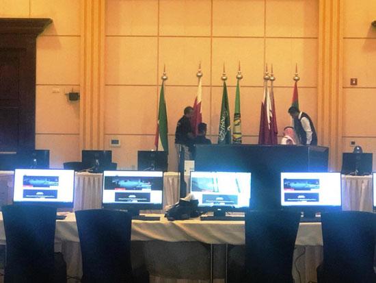 شاهد التجهيزات النهائية للمراكز الإعلامية للقمة الخليجية (2)