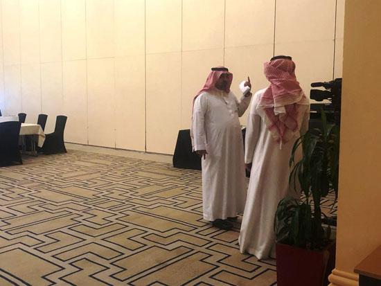 شاهد التجهيزات النهائية للمراكز الإعلامية للقمة الخليجية (8)