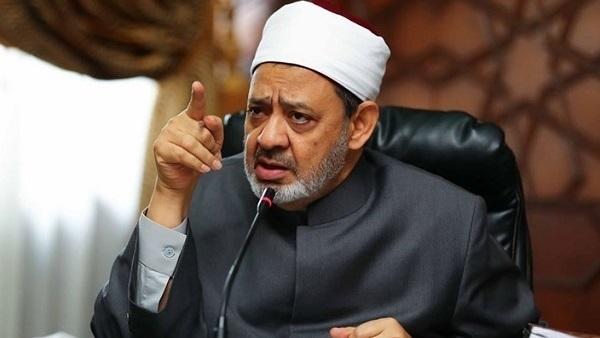 الدكتور أحمد الطيب رئيس المنظمة العالمية لخريجى الأزهر