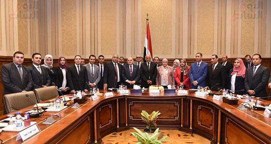 لجنة الدفاع والامن القومي (8)