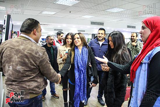 أسرة الفنان عامر منيب و كريم عبدالسلام رئيس التحرير التنفيذي لليوم السابع  (2)