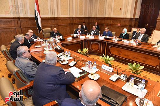 لجنة الدفاع والامن القومي (13)