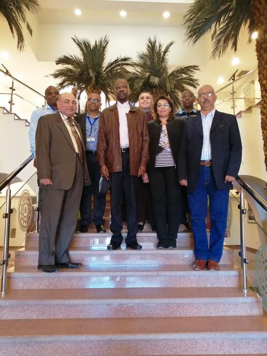 سفير موزمبيق يزور بمتحف النيل بأسوان (8)