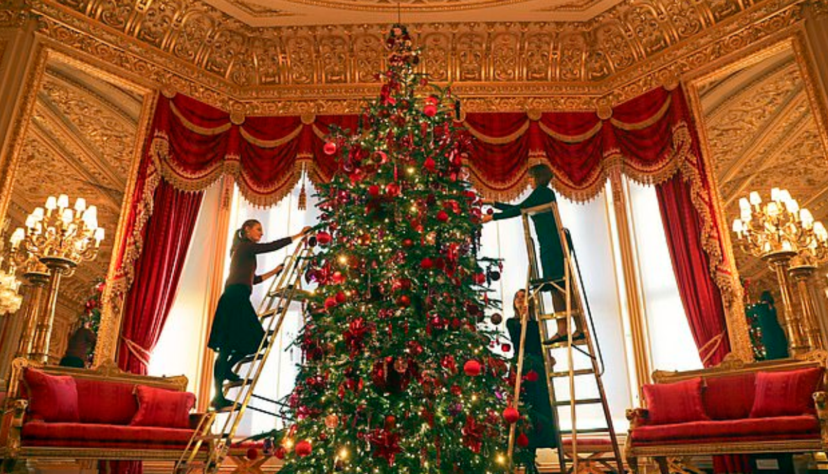 شجرة الكريسماس فى قلعة ويندسور