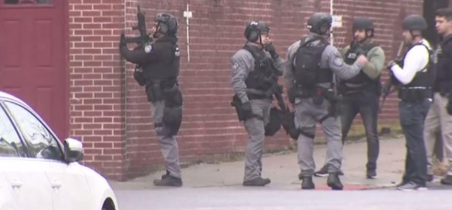 قوات الشرطة الأمريكية 2