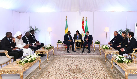 الرئيس-عبد-الفتاح-السيسى-والرئيس-السنغالى-ماكى-سال-(3)