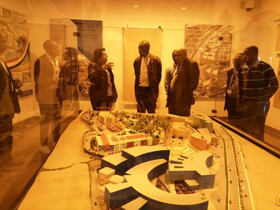 سفير موزمبيق يزور بمتحف النيل بأسوان (10)