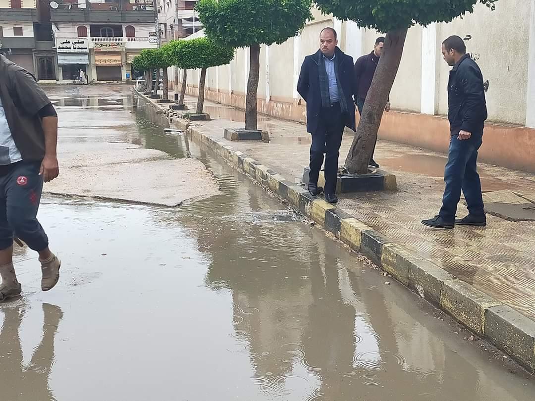 طوارئ بالبحيرة لمواجهة أثار الامطار الغزيرة وسوء حالة الطقس (2)