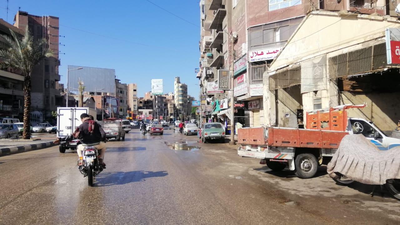 مياه الأمطار تغرق شوارع الفيوم (4)