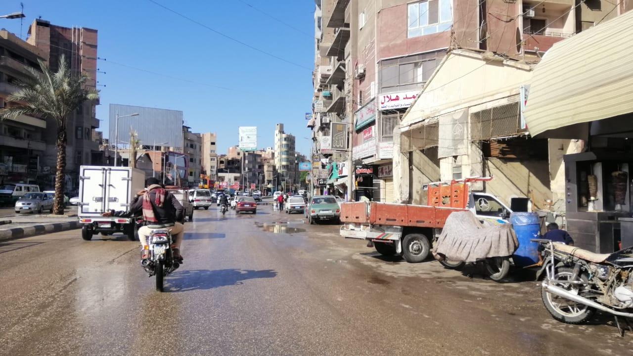 مياه الأمطار تغرق شوارع الفيوم (2)