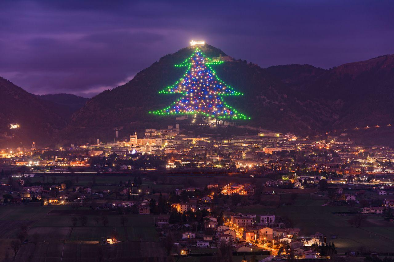 شجرة عيد الميلاد Gubbio - Gubbio ،