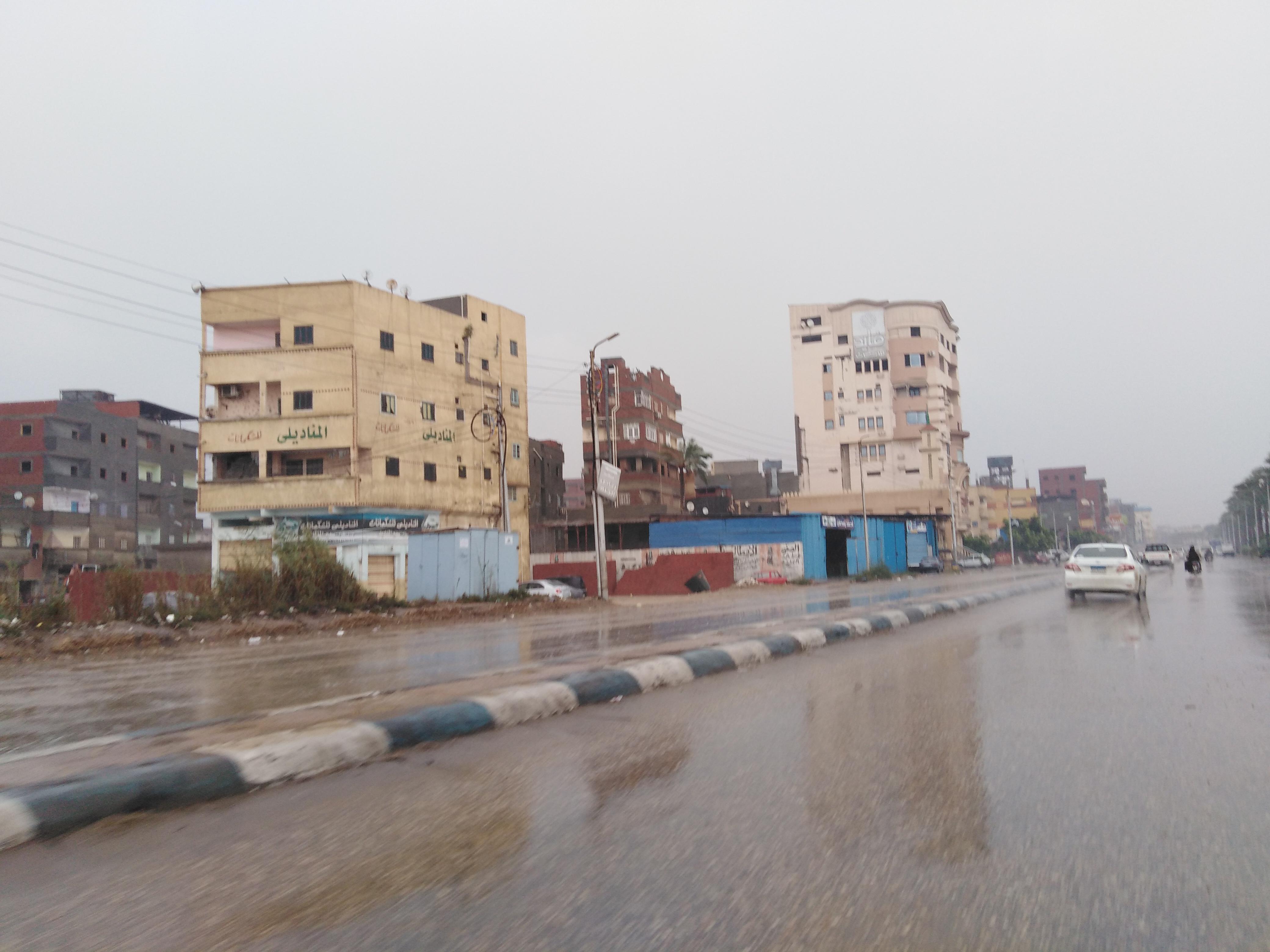 أمطار غزيرة على مدن دمياط  (1)