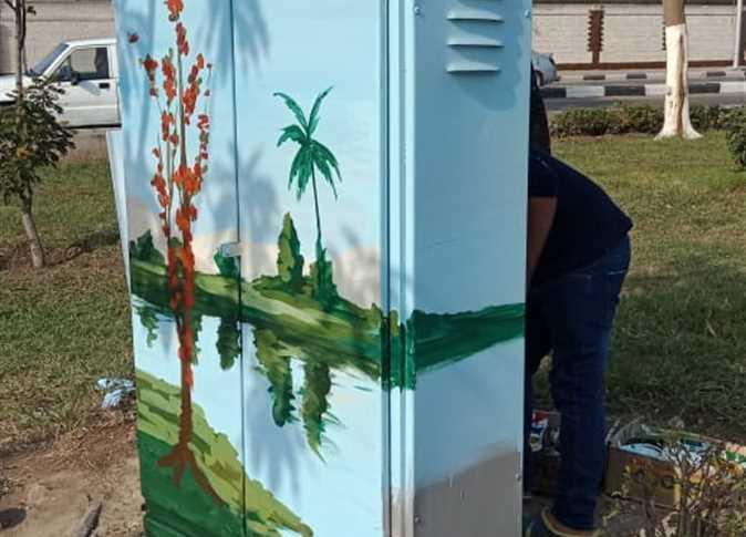 حي السيدة زينب يحول أكشاك الكهرباء للوحات فنية لتجميل الشوارع (3)