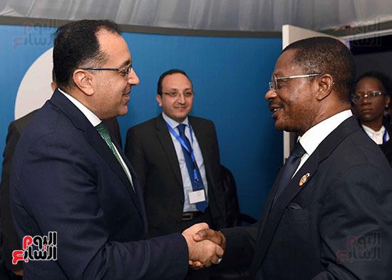 مصطفى مدبولى يلتقى رئيسى وزراء الجابون وغينيا الإستوائية (7)