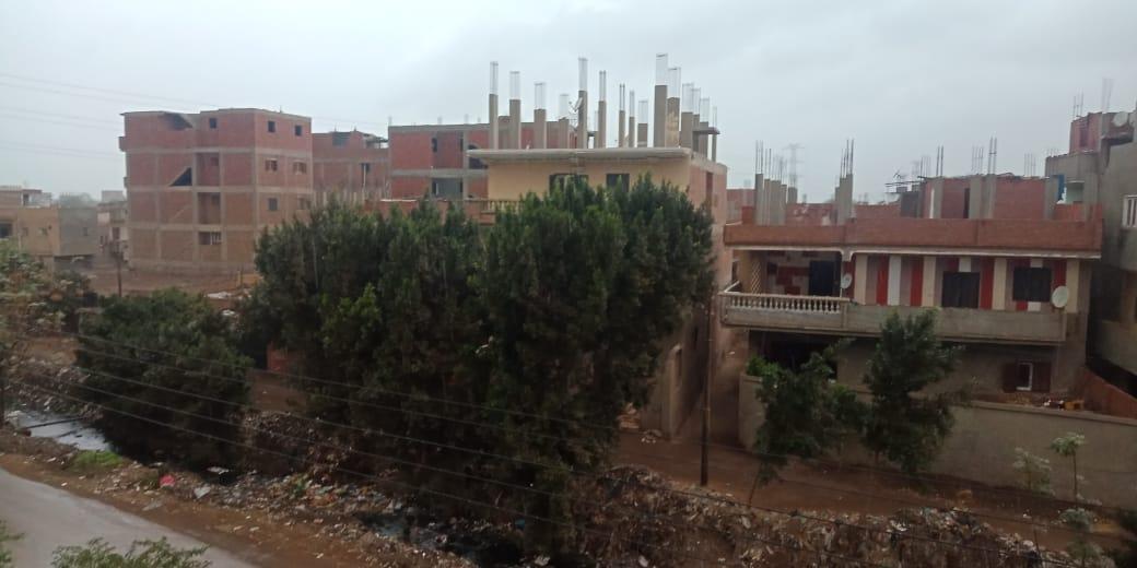 أمطار ورياح شديدة تضرب مدن محافظة القليوبية (4)
