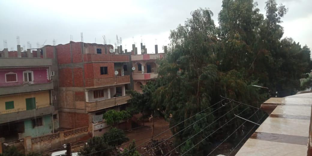 أمطار ورياح شديدة تضرب مدن محافظة القليوبية (2)