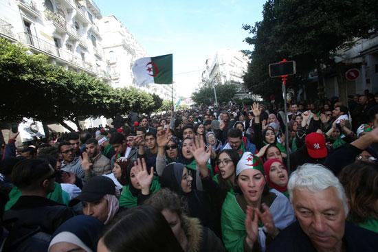 مسيرة رافضة لنتائج الانتخابات الجزائرية