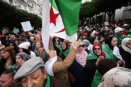 مسيرة بالجزائر