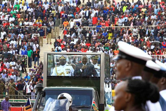 الرئيس كينياتا يشهد الاحتفال