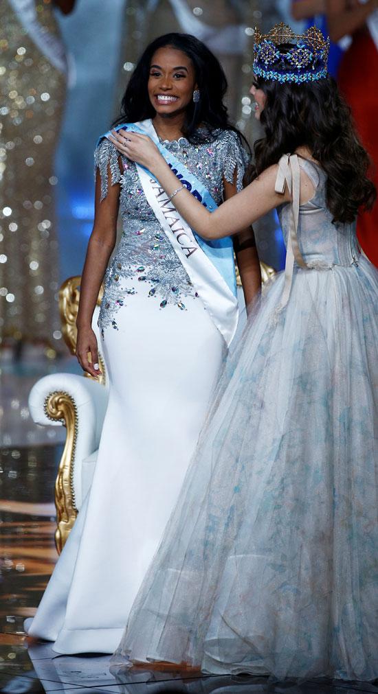 """نتيجة بحث الصور عن الجاميكية """"تونى آن سينج"""" تتوج ملكة جمال العالم.."""